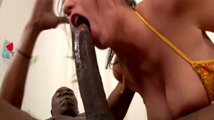 Cumshot accompanied by busty big tits ebony whore Kelly Divine