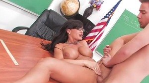 Pussy sex in the company of big tits mature Lisa Ann