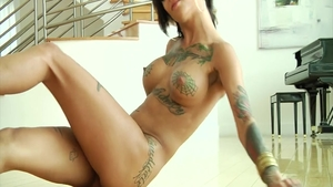 Inked babe Bonnie Rotten has a thing for plowing hard