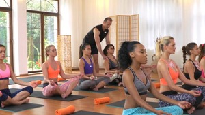 Latina brunette Lady Dee helps with yoga HD