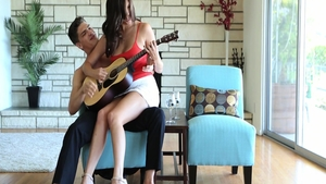 Pounding escorted by passionate amateur Holly Michaels