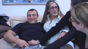 Bisexual goes for femdom HD