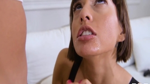 Teen chick Janice Griffith pussy eating