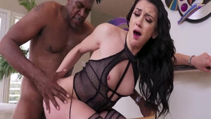 Raunchy rough sex in the company of hawt mature Mandy Muse