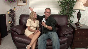 Hard nailining in company with blonde Payton Leigh
