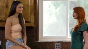 Eliza Ibarra with Gia Derza fingering HD
