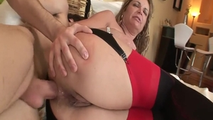 Hard blowjobs along with young european stepmom Kelly Leigh