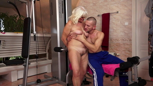 Big butt granny has a passion for sloppy fucking HD