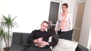 Young amateur need sex in HD