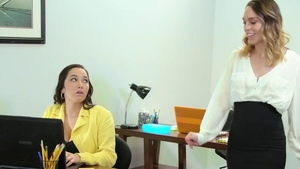 Threesome in office in HD