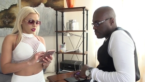 Finds dick to fuck porn starring large tits hard Luna Star