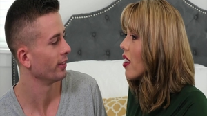 Stepmom Amber Chase expose large tits