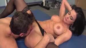 Cumshot escorted by very sexy brunette Kendra Lust