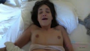 Pornstar Gia Paige goes for cumshot in HD