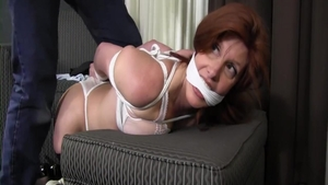 Erotic mature feels the need for tied up