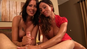 Large tits Zoey Holloway with Ariella Ferrera threesome