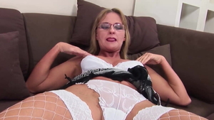 Russian blonde has a thing for ramming hard in HD