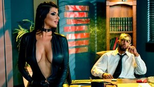 Romi Rain is so perfect body mature