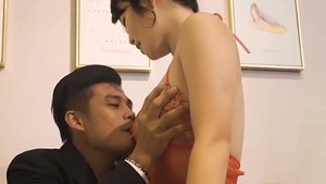 Chinese secretary seduce in HD