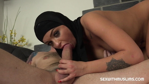 Hard ramming in company with arab hotwife Daphne Klyde