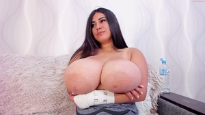Solo chubby and large boobs brunette handjob