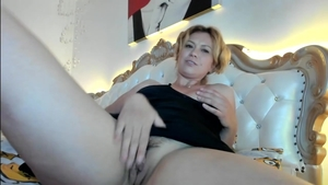Solo big butt amateur fisting