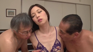 Pussy eating horny japanese