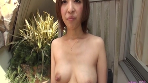 Very hot japanese babe fucks in the ass