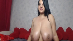 Big tits babe enjoys greatly loud sex