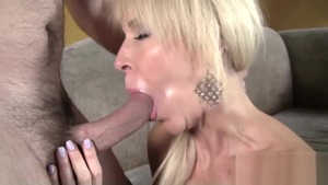 MILF Erica Lauren fucking in the ass